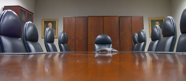 Who Can Sue a Nonprofit Board of Directors?