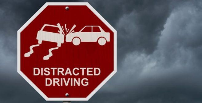 distracted-driving-sign